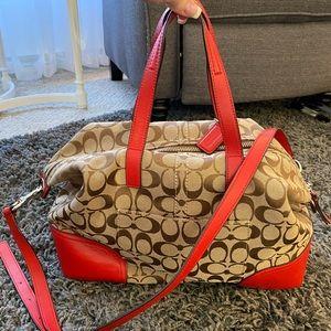 Coach hobo style purse. Like new.
